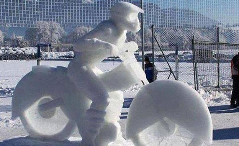 Echipament moto pentru vreme rece