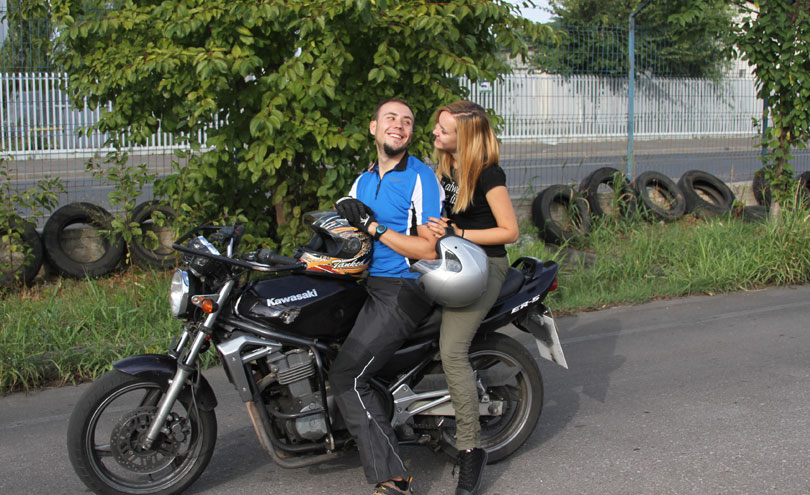 Libertate pe motocicleta
