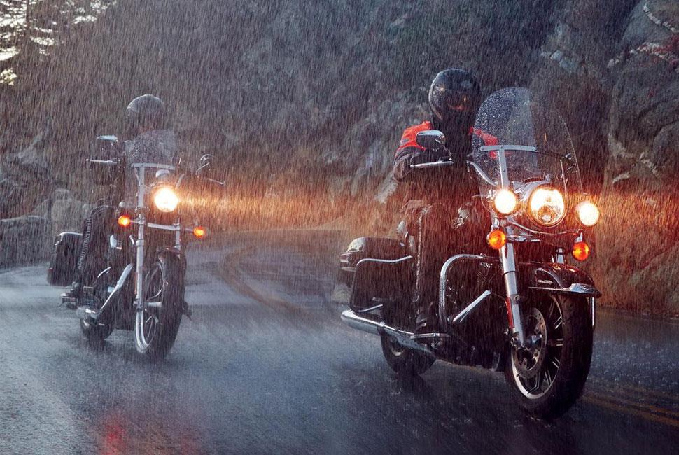 cu motorul pe ploaie - scoala ami