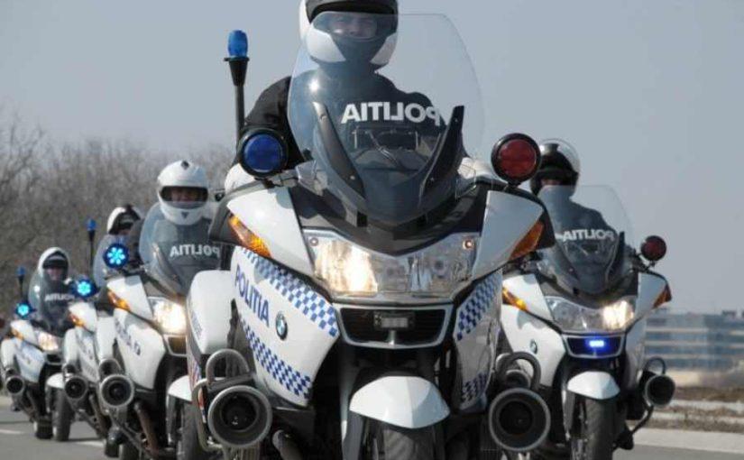 Curs tinut de Brigada de Politie Rutiera - scoala ami - moto incepatori
