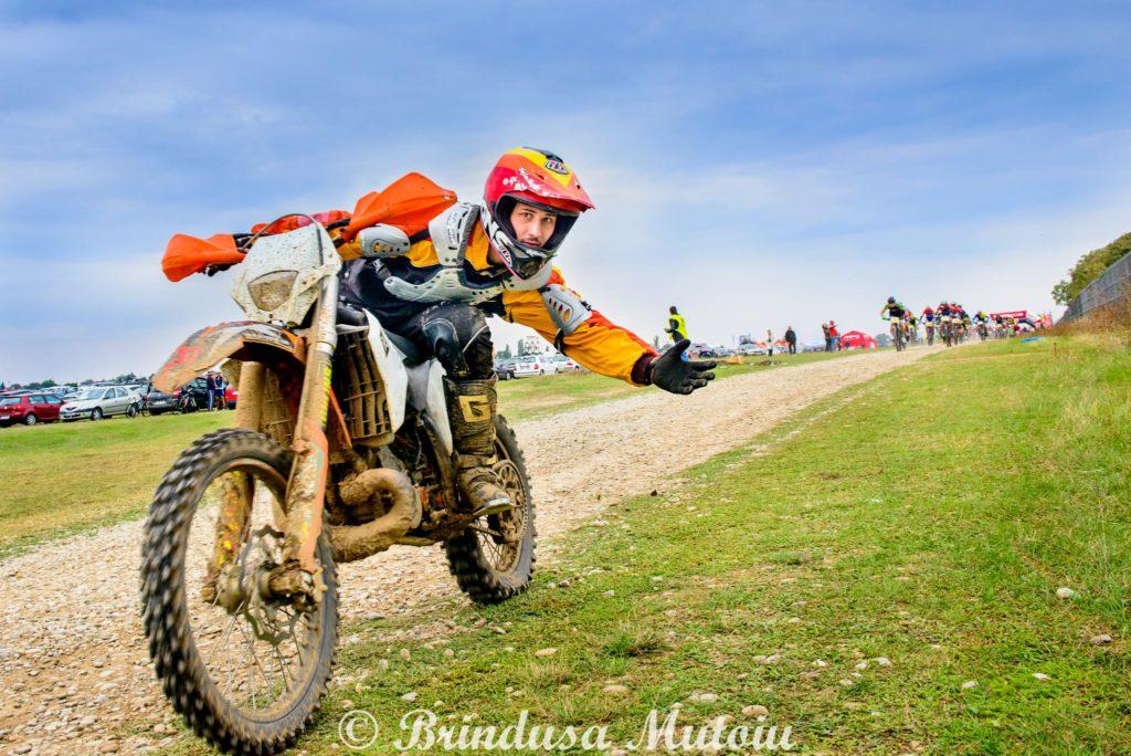 Enduro la Scoala Moto AMI - Cursuri cu campion Alex Ionescu